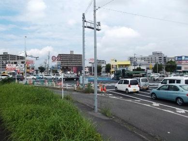 田井島交差点
