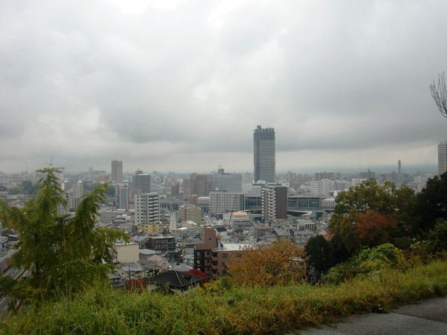 万日山公園より望む熊本駅方面
