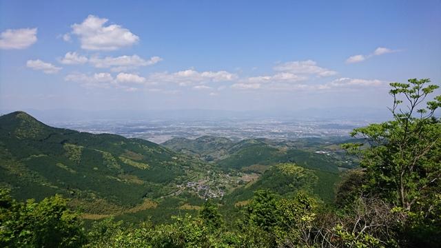 ニノ岳山頂から