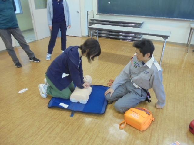 胸骨圧迫(小児)