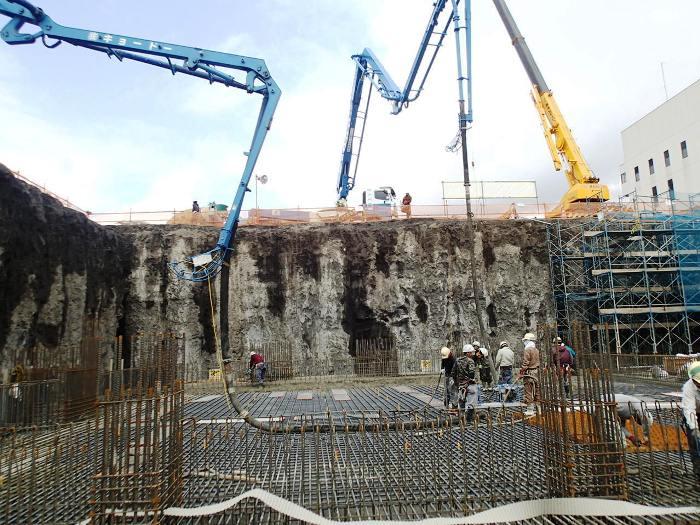 工場棟ごみピットコンクリート基礎工事