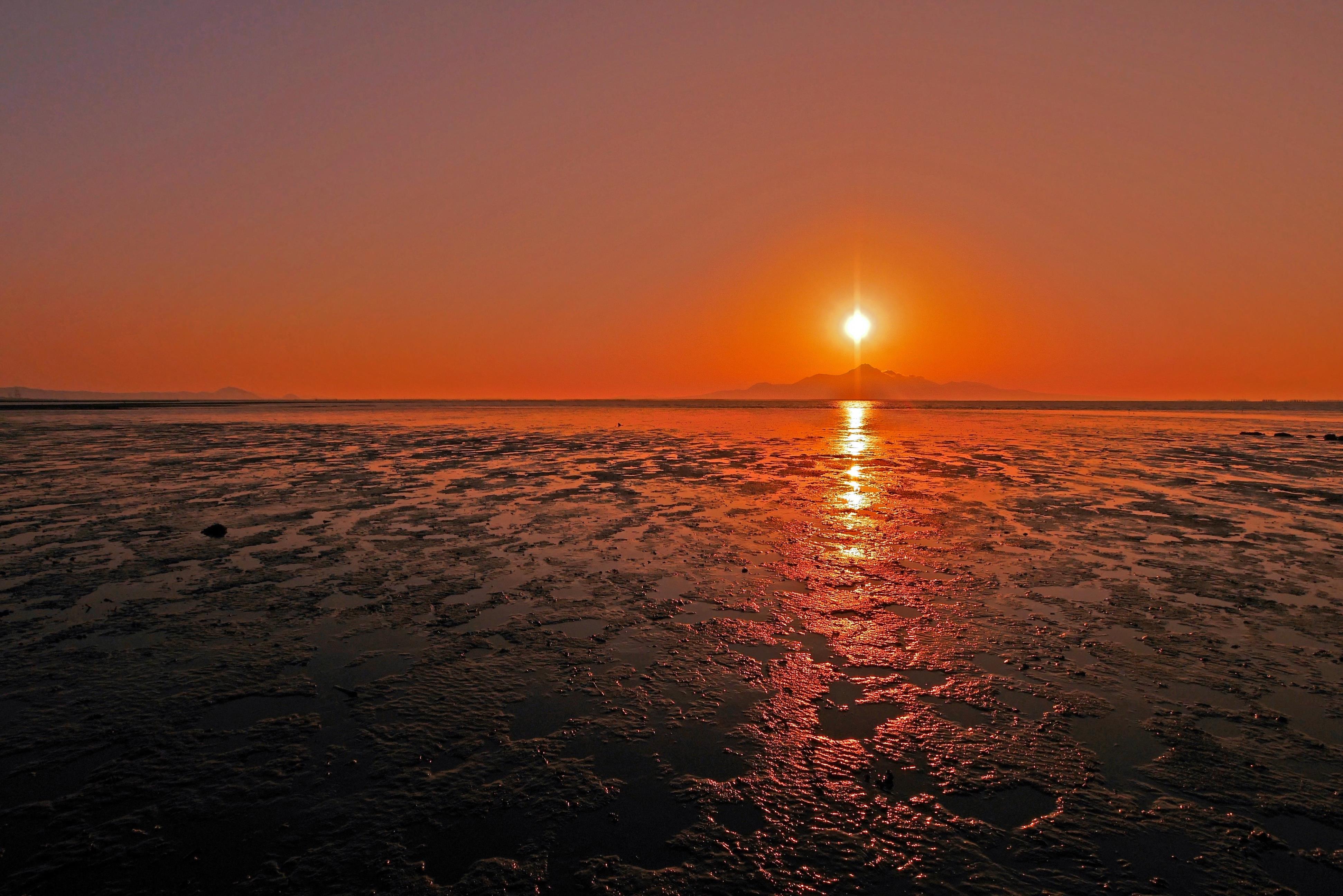 雲仙岳に陽の沈むころ