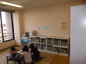児童館図書室