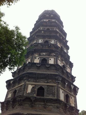 虎丘の斜塔