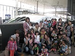 母親くらぶで新幹線ホームにて集合写真