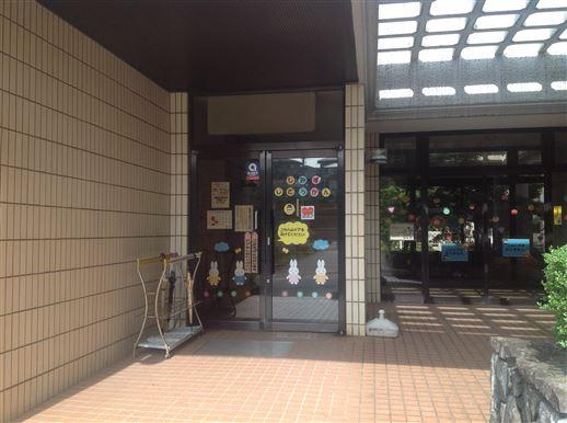 児童館玄関付近の画像