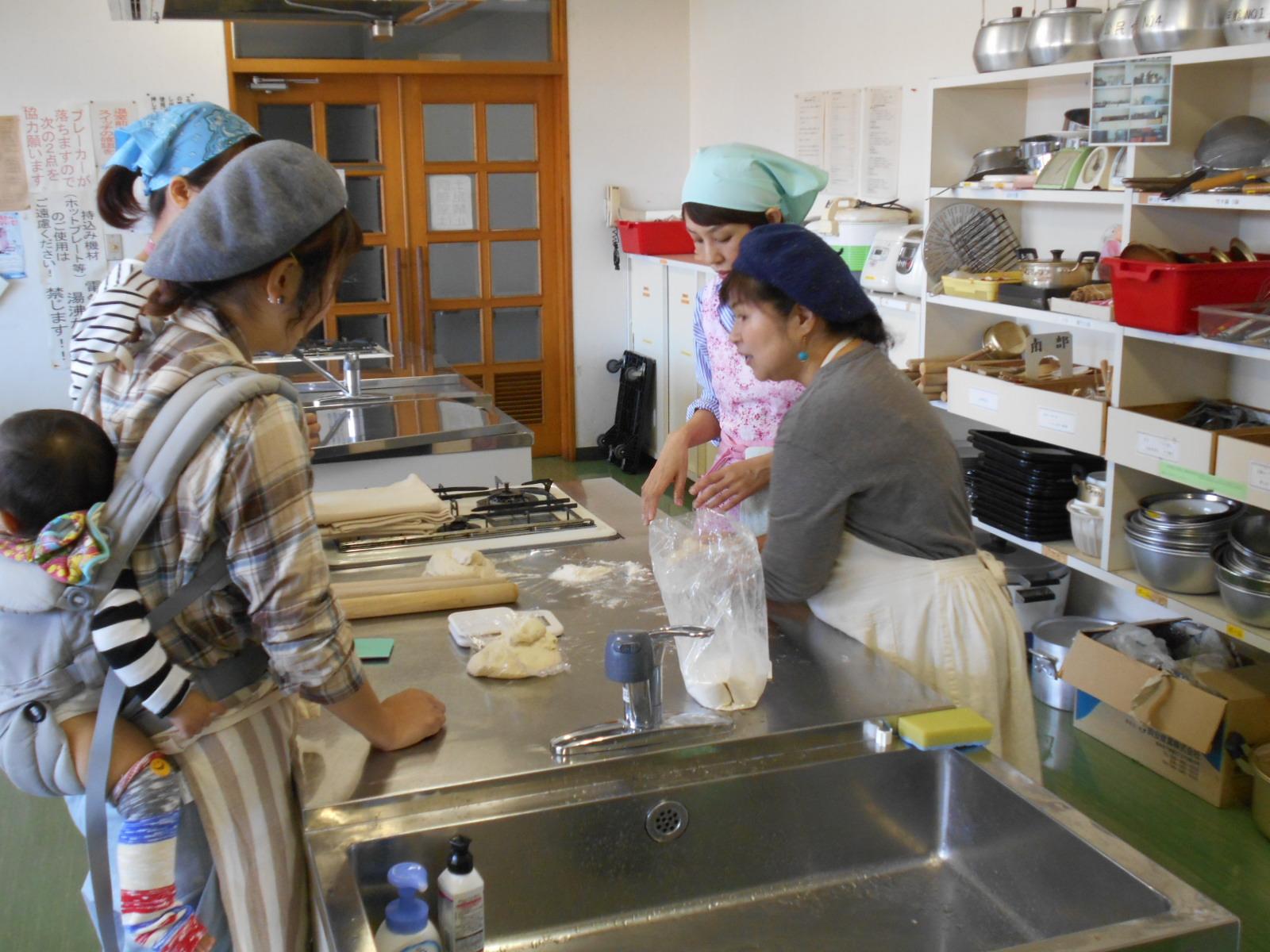 パン作りと子ども食堂の現状