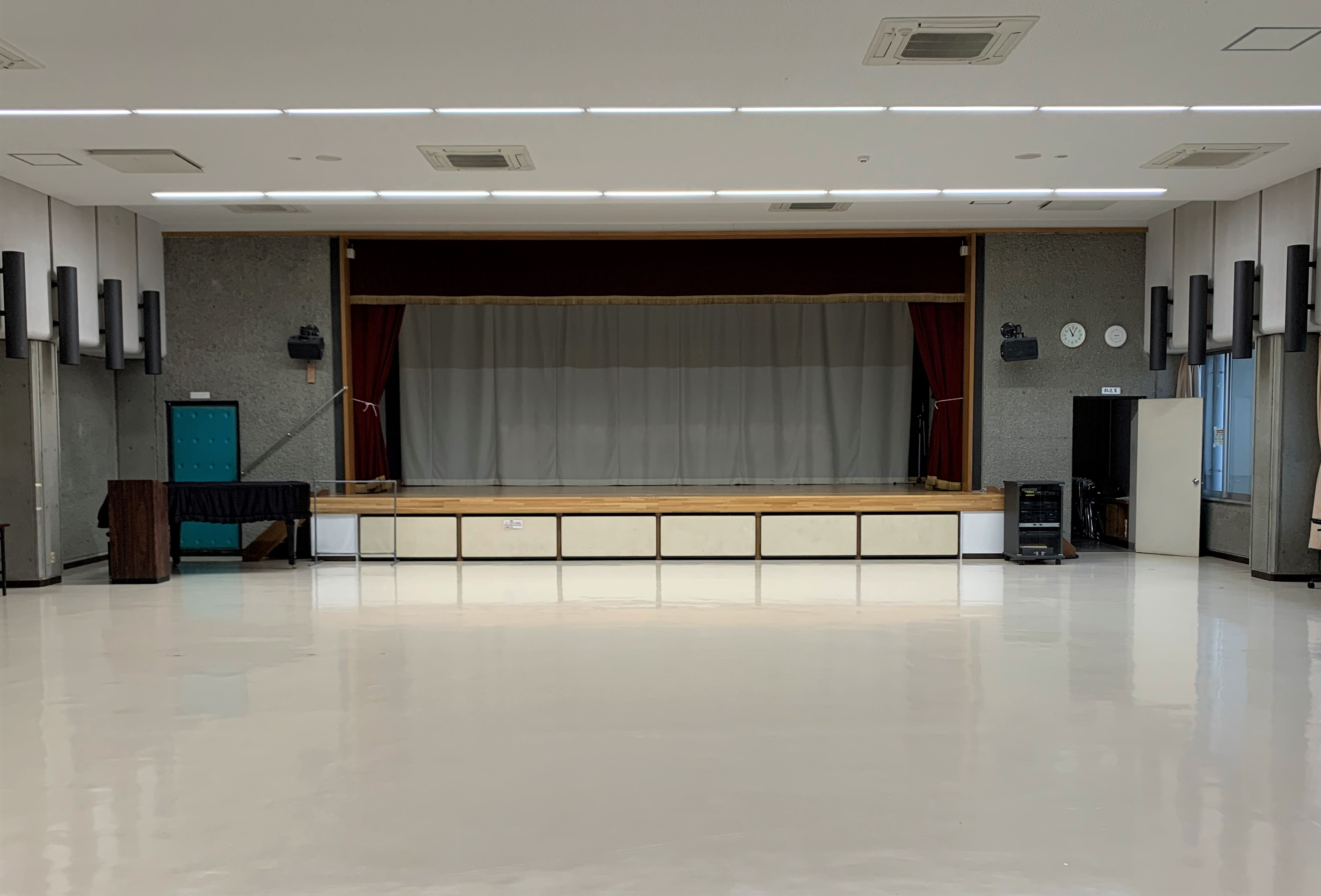 HP ホール